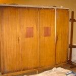 Motif Art Deco sur armoire - Avant